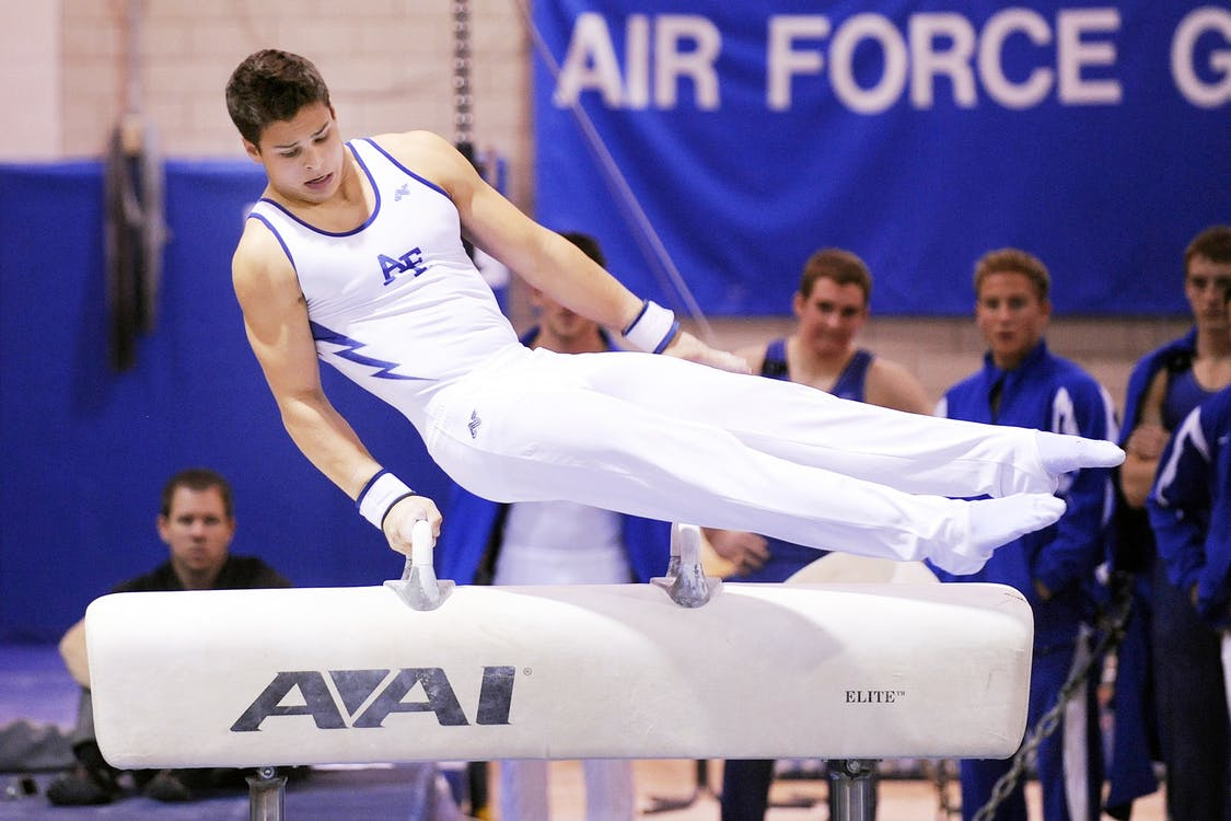pommel-horse-gymnastics-male-device-40190